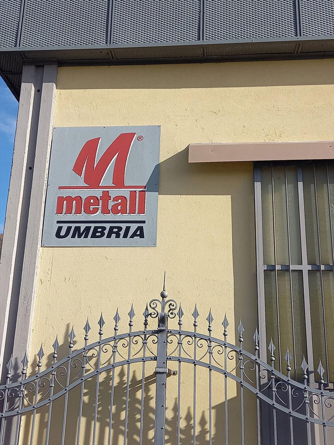 Lamiere stirate Metall Umbria Logo